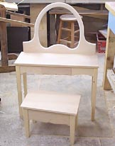 Child's vanity woodworking plan